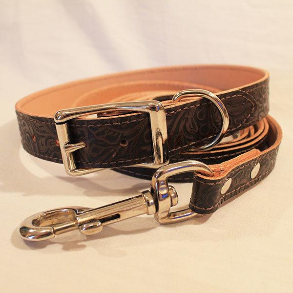 Medium mahogany leash and collar combo