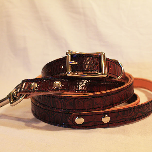 Small mahogany leather leash and collar combo