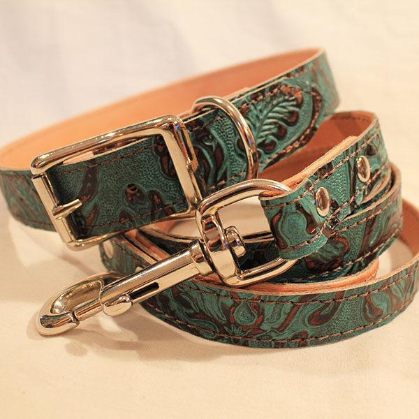 medium dog collar and leash combo